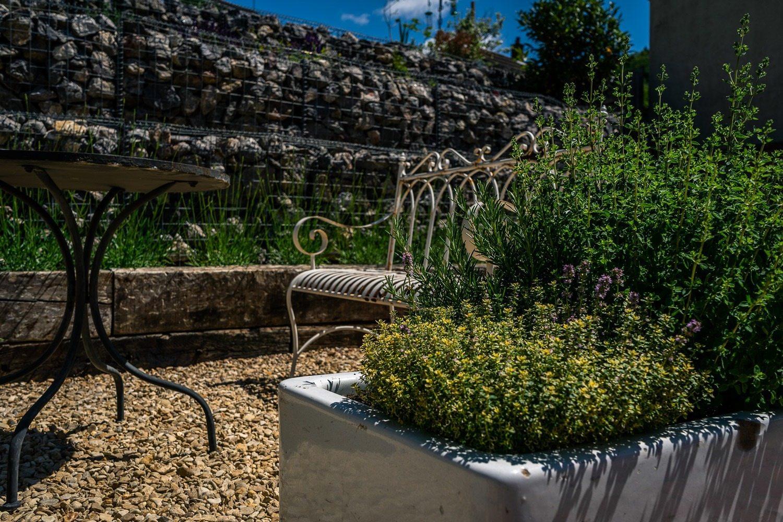 Stroud-Gravel-Garden-Design