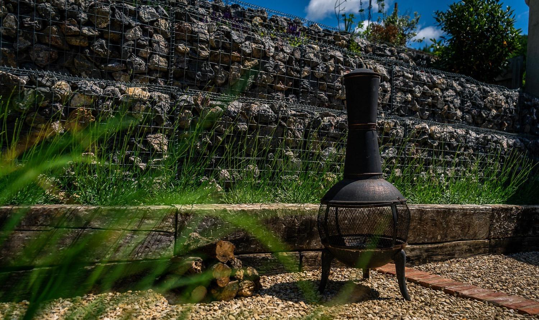 Stroud Garden Design - Retaining Wall - mediterranean garden